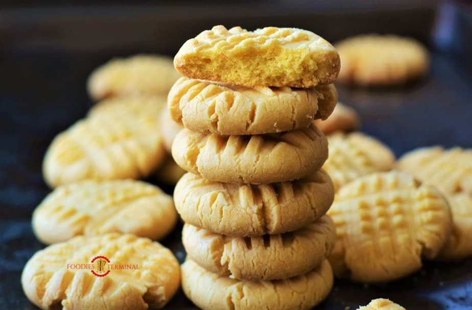 Stacked up custard cookies