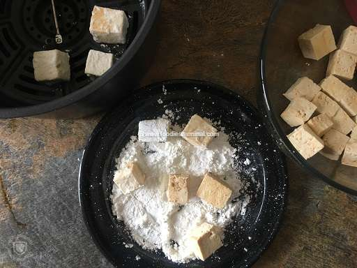Tofu cubes coated with cornstarch