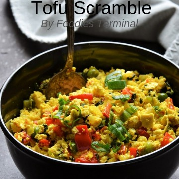 Tofu scramble recipe with nutritional yeast served