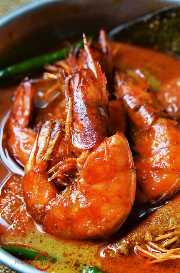 A shell on Tiger prawn in the gravy of Prawn Malai Curry