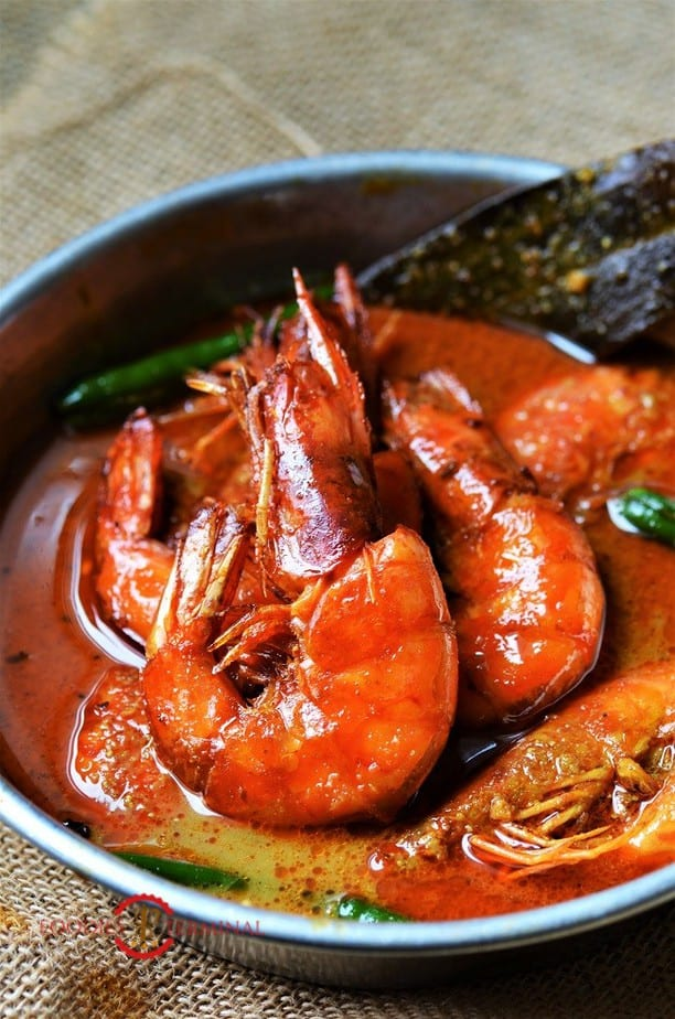 Prawn Malai curry with whole tiger prawns served in a red sauce