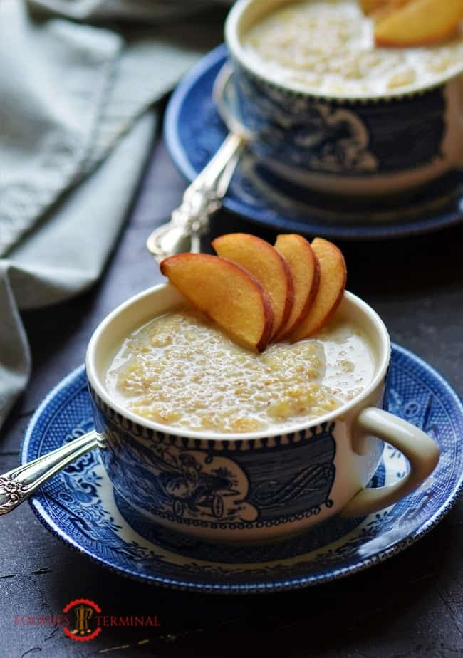 Sweet Dalia with sliced peaches in cups