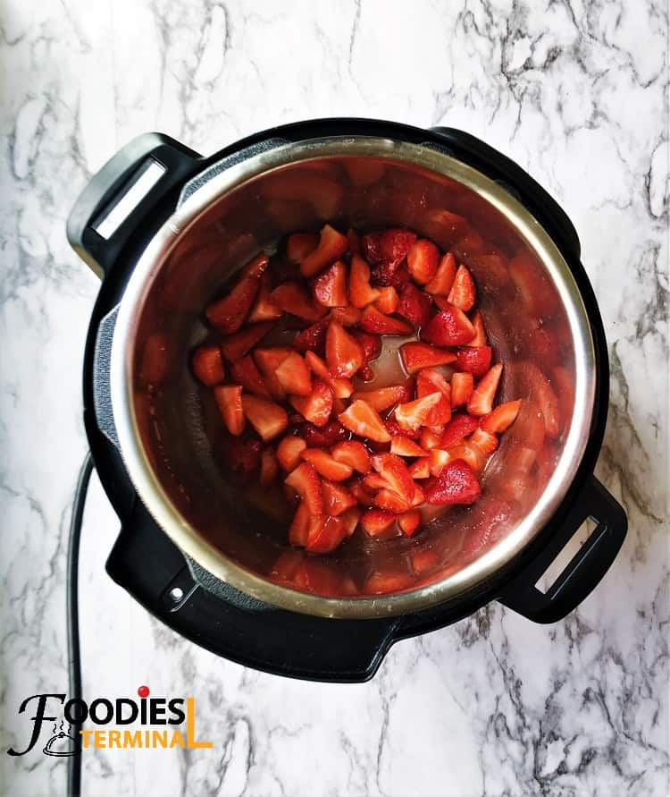 Strawberries in Instant Pot for Chutney recipe