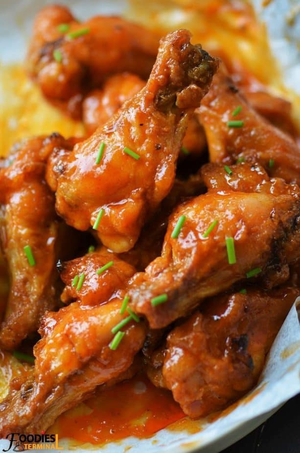 Spicy garlic chicken wings made with drumettes