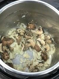 sauteing onion, garlic & mushrooms in instant pot