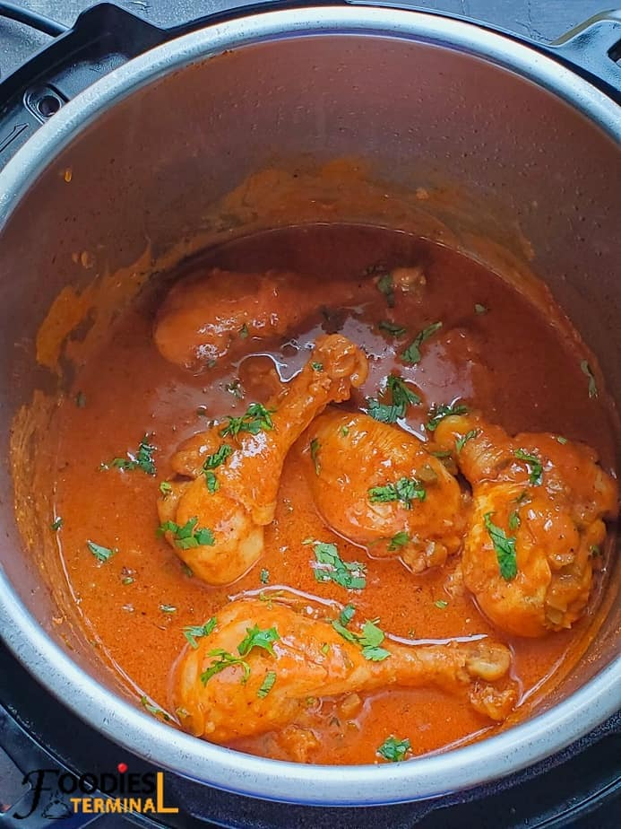 Hungarian chicken paprikash or paprika chicken in instant pot