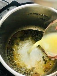 poring chicken stock in instant pot to deglaze it