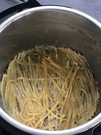 cooked linguine pasta in instant pot